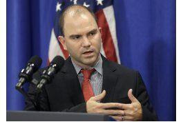 asesor de obama viaja a cuba tras fin de pies secos/pies mojados