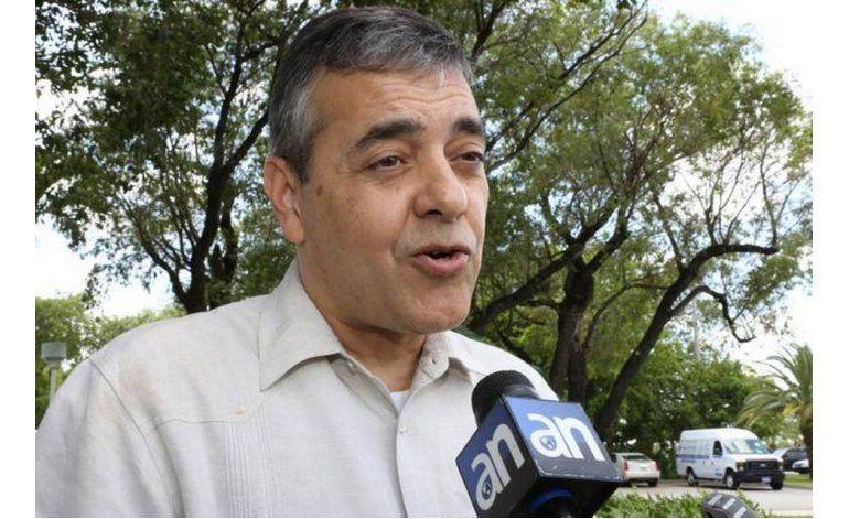 Rivera pierde por un puñado de votos en contienda no apta para cardíacos