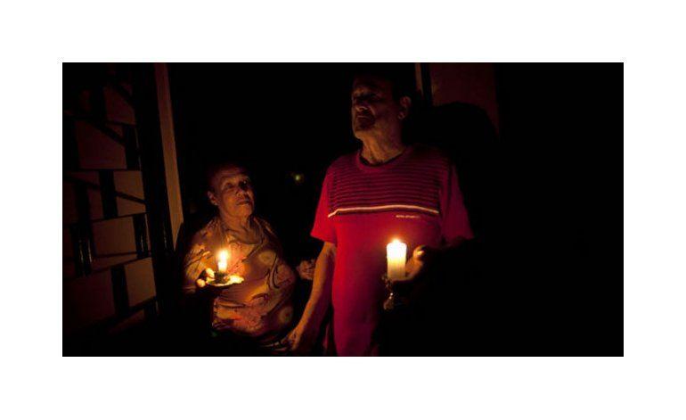 Maduro reduce la semana laboral de 5 a 4 días para ahorrar energía