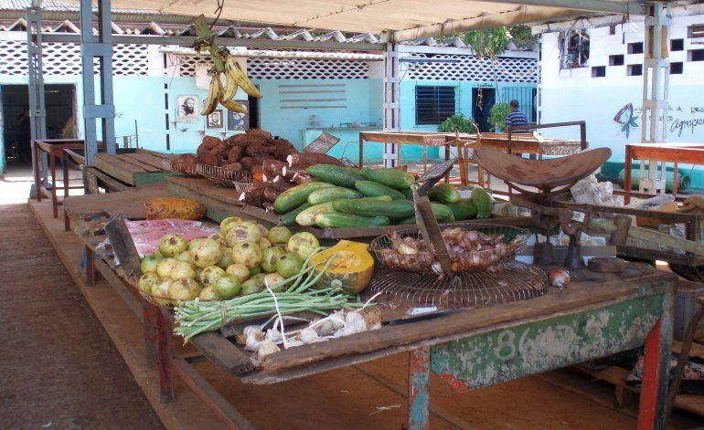 Mercados en Cuba presentan un feroz desabastecimiento en vísperas de la época de fiestas
