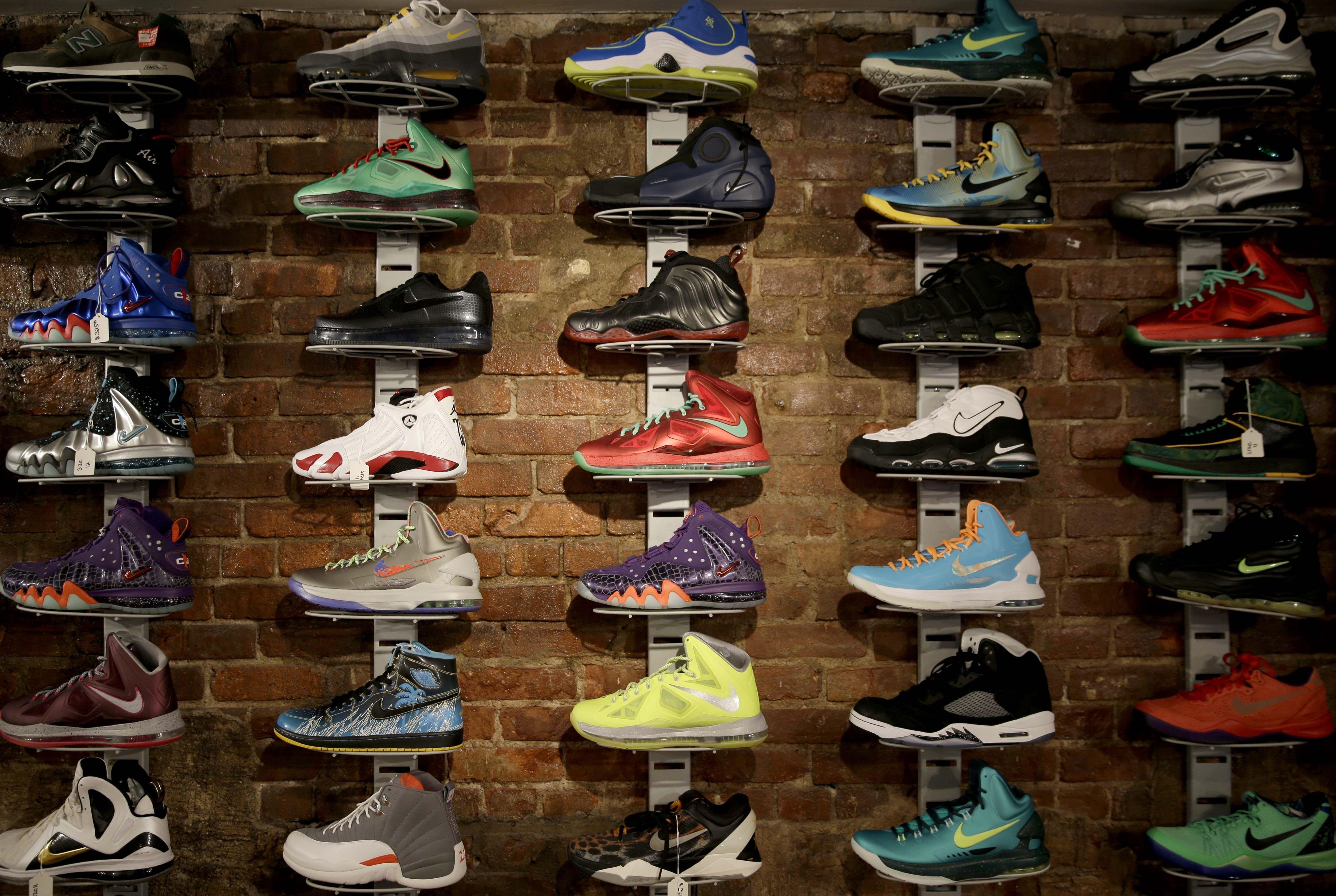 Lenox Ma Shoe Stores