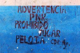 En Cuba cualquiera se reserva el derecho de prohibir.
