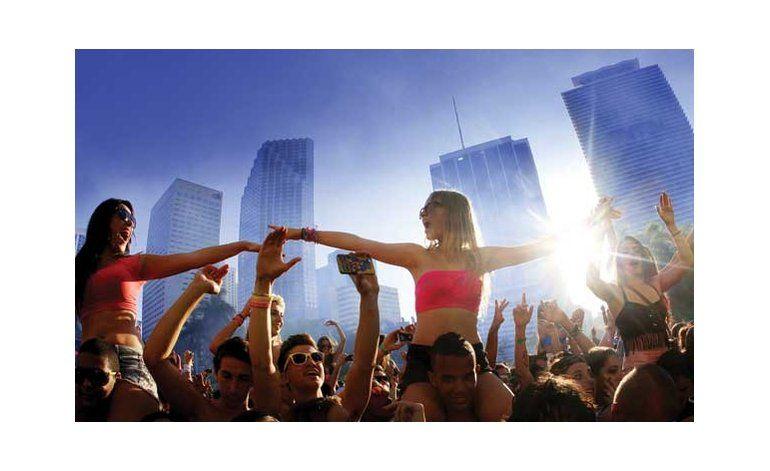 A punto de iniciar el festival de música electrónica ULTRA en Miami