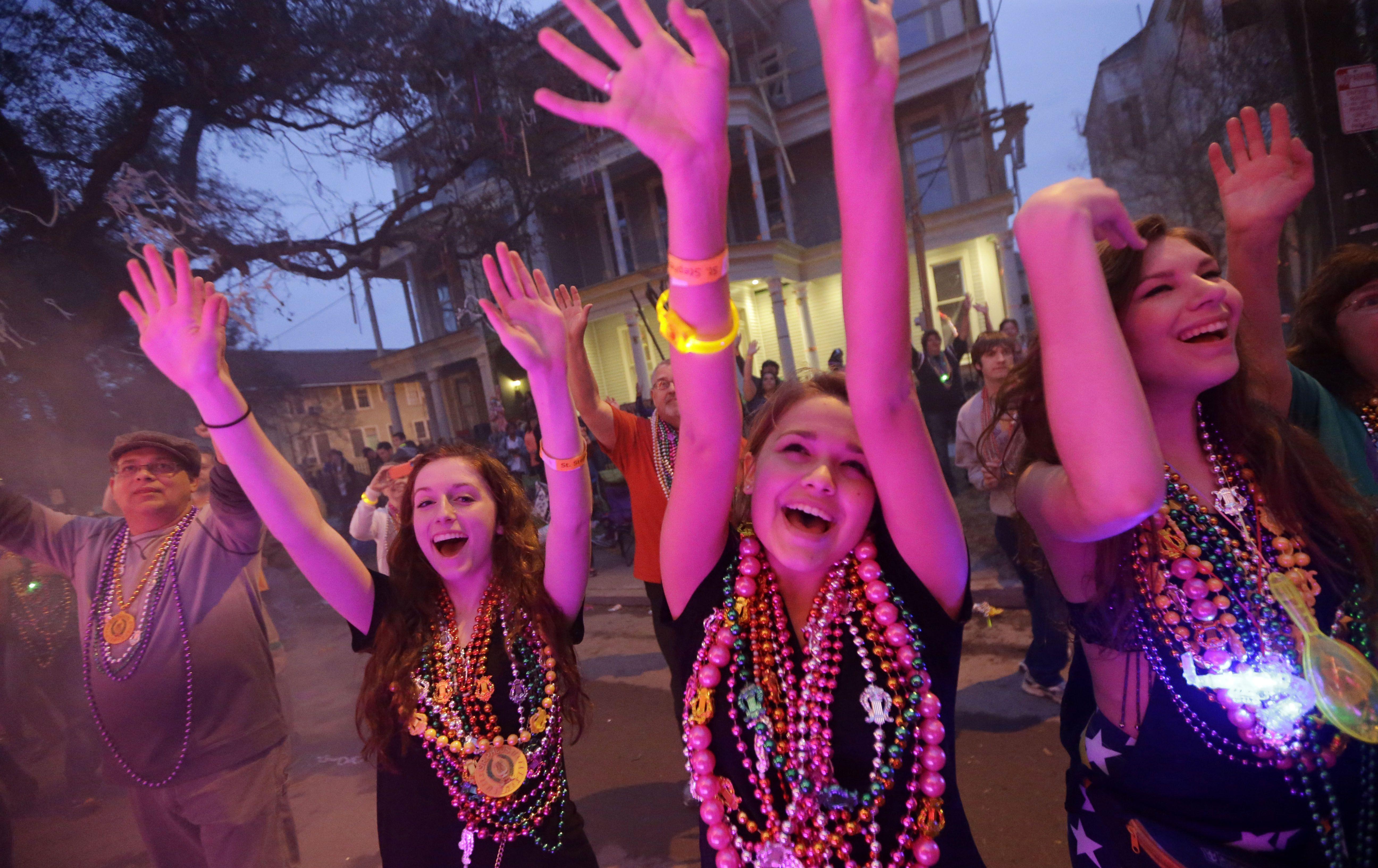 Bailes de gala y desfiles en el Mardi Gras