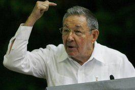 Raúl Castro durante el VI Congreso del Partido Comunista en La Habana.