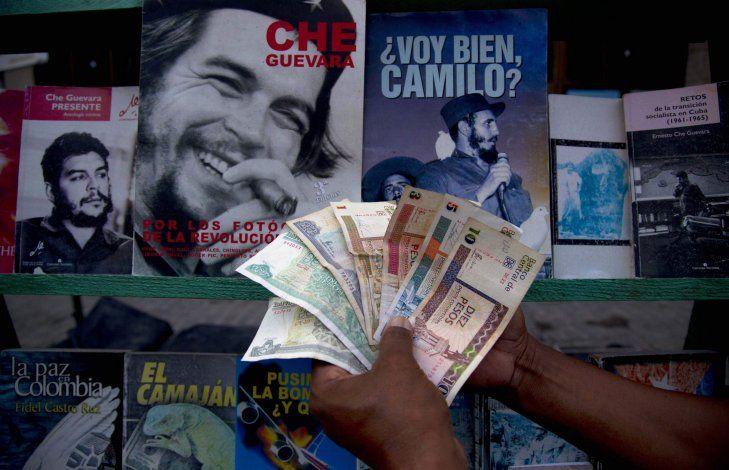 Entran hoy en vigor restricciones en envíos de remesas a Cuba