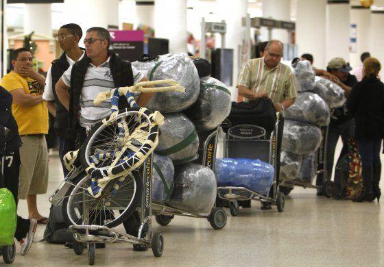 Cambios en la constitución en Cuba envía claro mensaje a los exiliados y repatriados