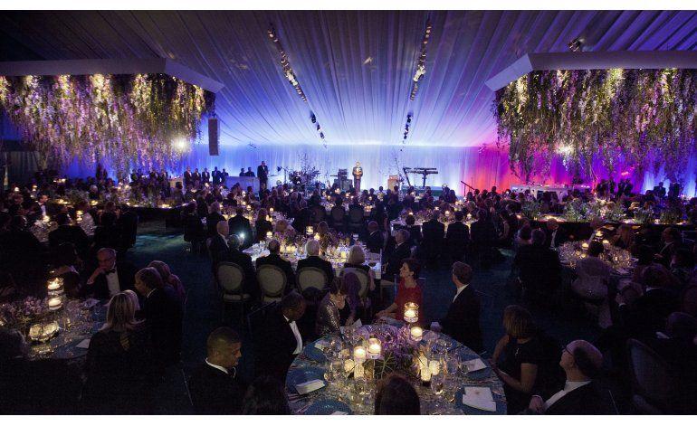 Menos invitados para menos cenas de estado con obama for Cenas para invitados