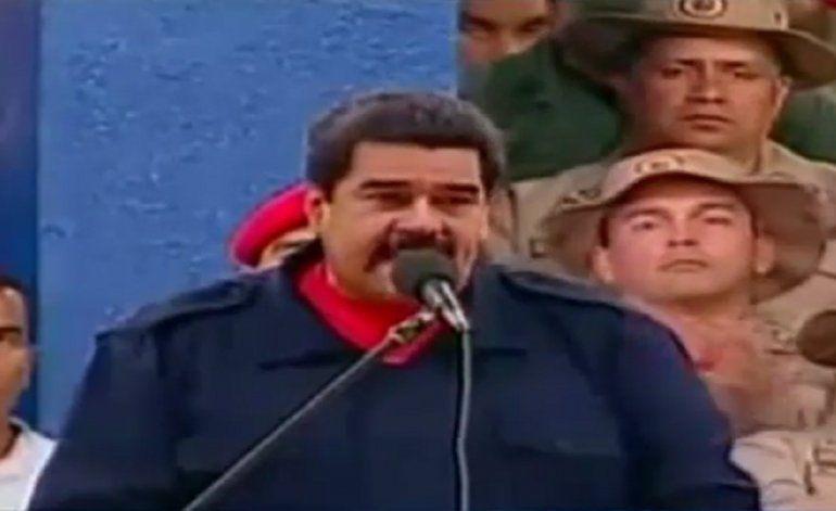 Oposición busca acelerar cese de gobierno de Maduro