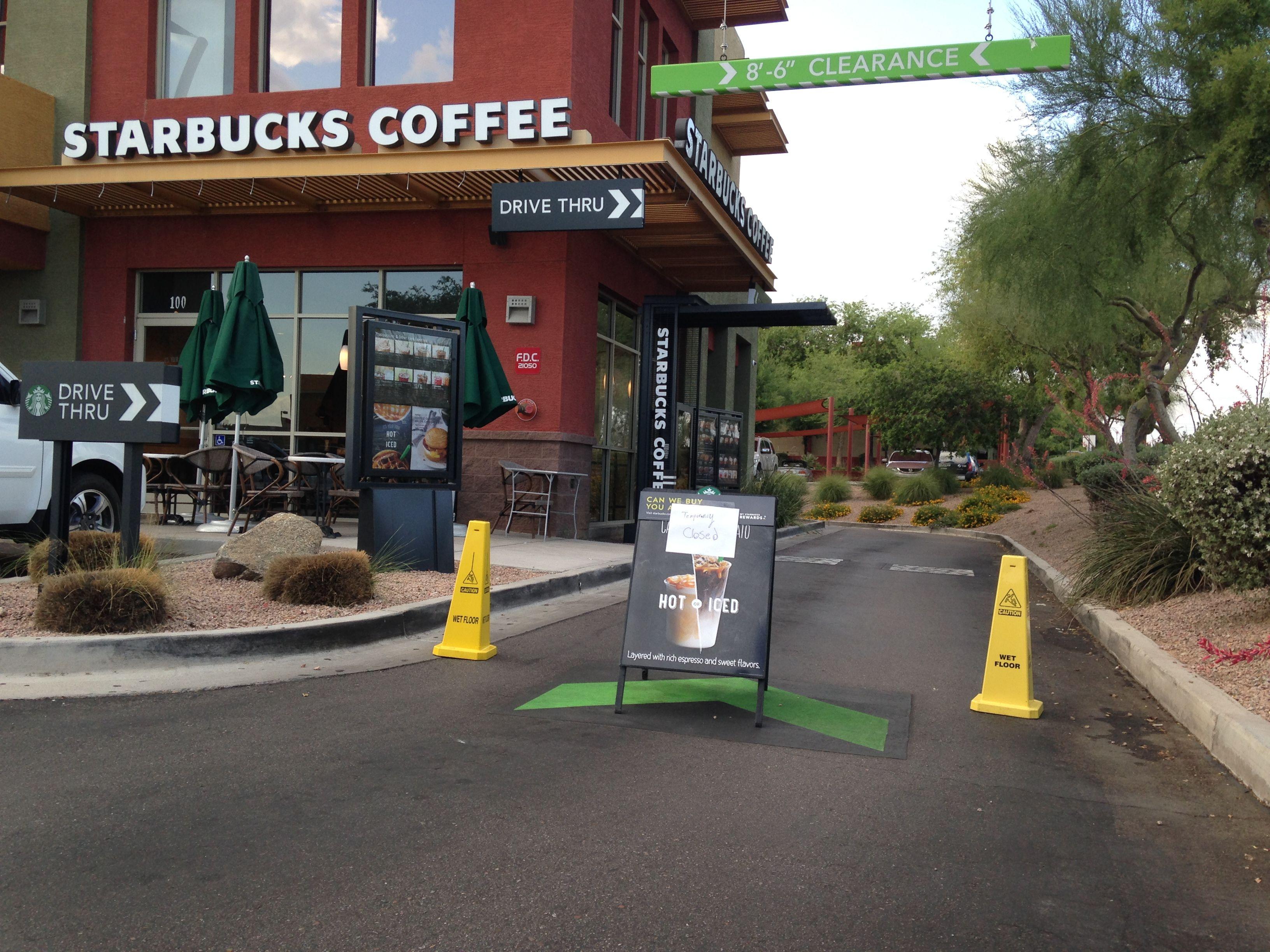 Starbucks repara falla técnica y reanuda el servicio
