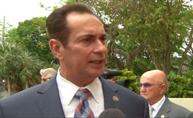 Ex alcalde de Sweetwater, José Díaz renunció a su puesto de comisionado de la ciudad