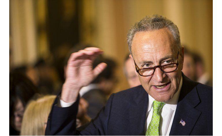 Demócratas y republicanos en el Senado nombran de manera unánime a sus próximos líderes