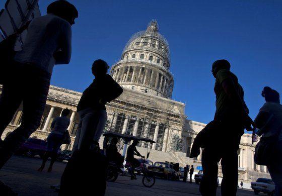 Washington y La Habana sostienen una reunión sobre tráfico de personas y fraude migratorio
