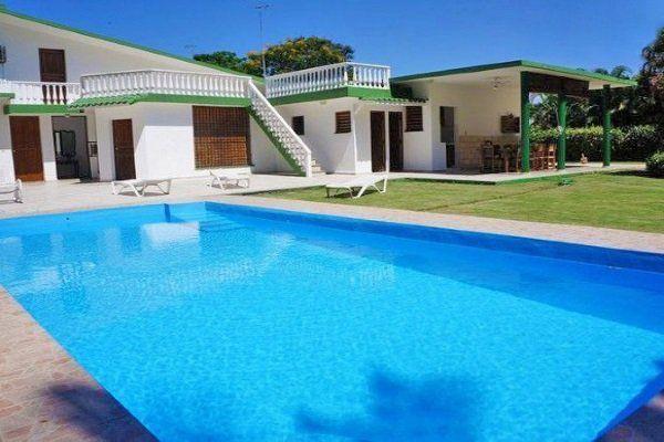 Mansiones verde olivo s lo para yanquis cuba for Casa con piscina para alquilar