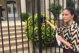 Rosa María Payá tocó las puertas de la recién estrenada embajada de Cuba en EEUU para entregar una carta.
