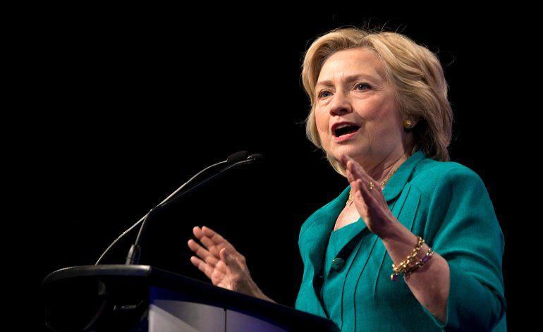 Ex Secretaria de Estado Hillary Clinton visita el centro de Miami