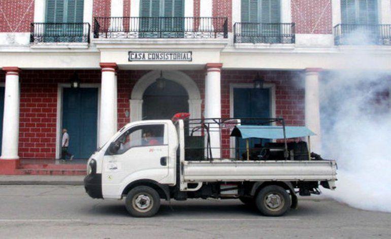 El régimen cubano reconoce una inadecuada planificación y deficiencias en su campaña de fumigación