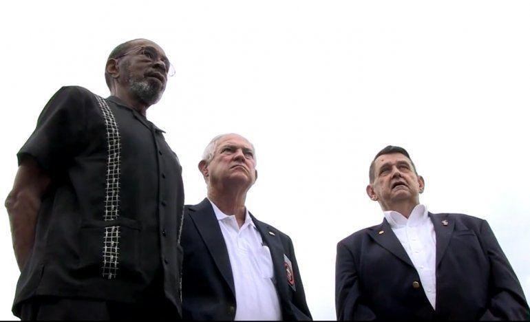 Video: tres marines izarán la bandera de EEUU en Cuba | Estados ...