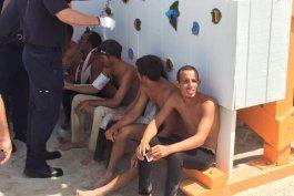ee.uu. repatria a 11 balseros cubanos