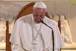 El papa Francisco llegó a Kenia, donde inicia su primera gira por África