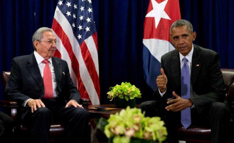 Mayoría de cubanoamericanos están desacuerdo con deshielo entre EE.UU y Cuba, según encuesta