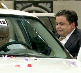 Le regalan un carro nuevo a familia recién llegada de Cuba en el programa El Happy Hour
