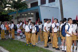 ministro de educacion superior reconoce deficiencias en programas y bajas docentes en el 2015