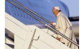 Francisco inicia viaje por la paz a 3 países africanos