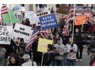 gobierno eeuu: estados no pueden rechazar refugiados sirios