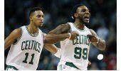 Celtics remontan y endilgan 16to revés a 76ers