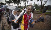 LO ULTIMO: 300.000 personas asisten a misa del papa en Kenia