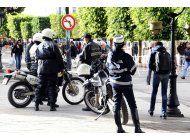 tunez detiene a 30 sospechosos, identifica atacante suicida