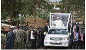 LO ÚLTIMO: Papa arriba a Uganda