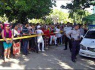 detienen a periodista independiente por reportar desde la embajada de ecuador