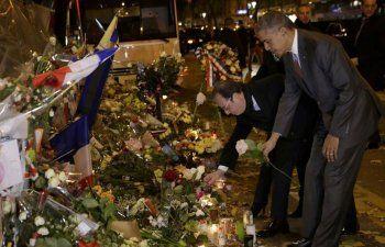 Obama va al Bataclan a rendir tributo a las víctimas de la masacre de París