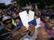 ecuador visara a cubanos con boleto de avion comprado antes del 26 noviembre