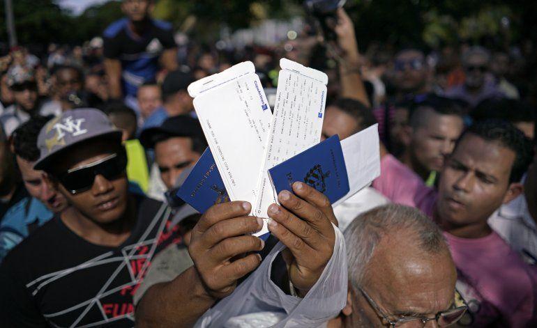 Los cubanos en Ecuador se organizan y piden ayuda al presidente Correa