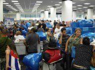 la compania de viajes a cuba gulfstream se ve obligada a cancelar todos sus vuelos a la isla dejando afectando a 1400 viajeros