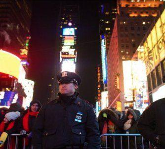 Altas medidas de seguridad marcan los festejos de Año Nuevo en todo el mundo