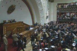 asamblea nacional de venezuela abrira juicio politico contra maduro