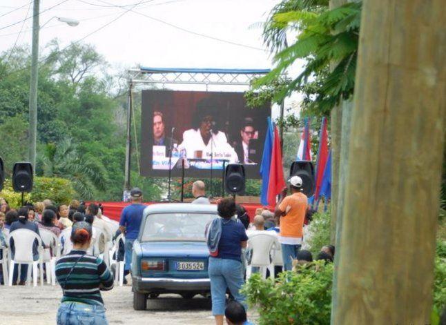 Queman ejemplares de la Declaración Universal DDHH en La Habana
