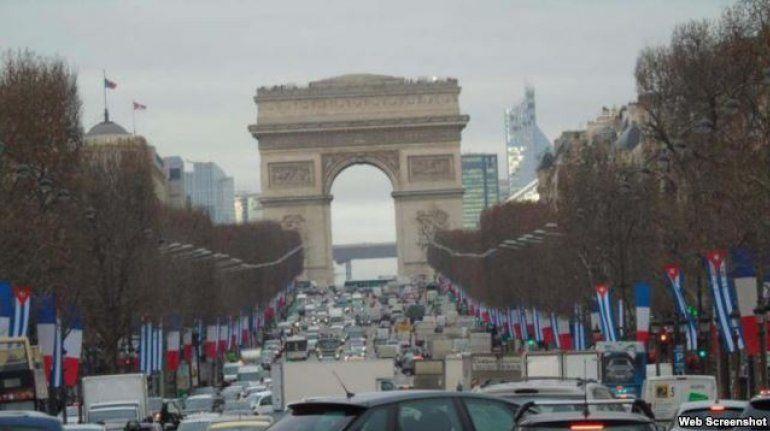 Castro en París, bienvenida el lunes bajo el Arco de Triunfo