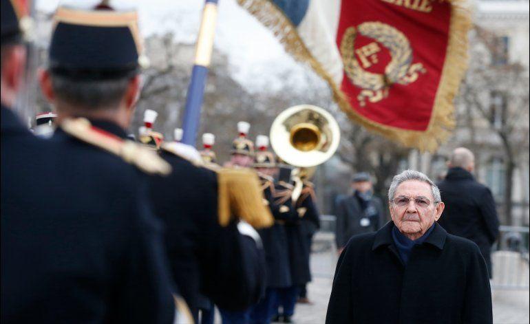 Francia exhorta a EEUU a retirar el embargo a Cuba