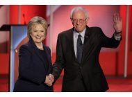 bernie sanders y hillary clinton se enfrentan una vez mas en un debate televisado