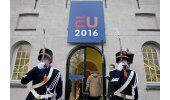 Ministros UE quieren reforzar fronteras y frenar a migrantes