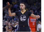 warriors hilan 41er triunfo en casa; superan al thunder