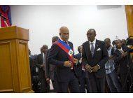 presidente de haiti deja el poder a gobierno interino