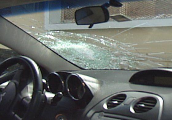Vecinos en la Pequeña Habana se quejan de que sus autos fueron vandalizados