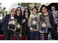 mana devela su estrella en el paseo de la fama de hollywood