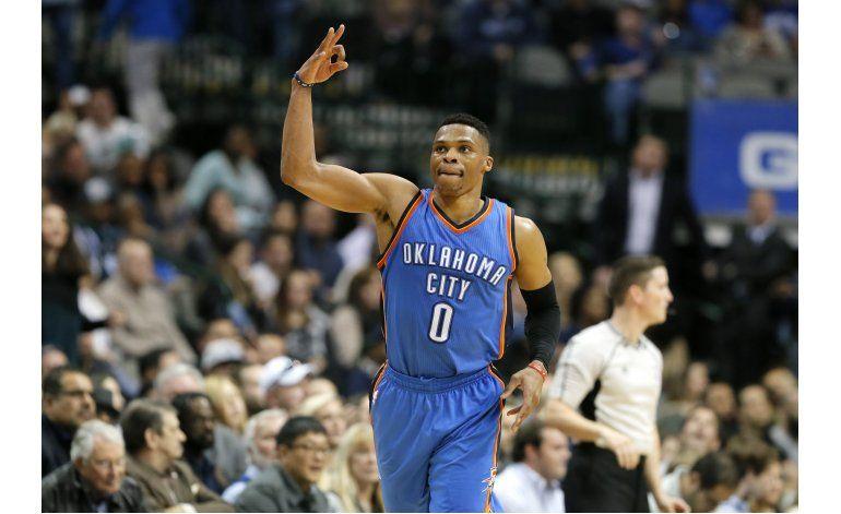 Durant, Westbrook y Thunder barren a Mavs